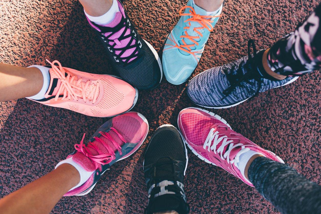 Richtige Schuhe als Tipp gegen Muskelkater
