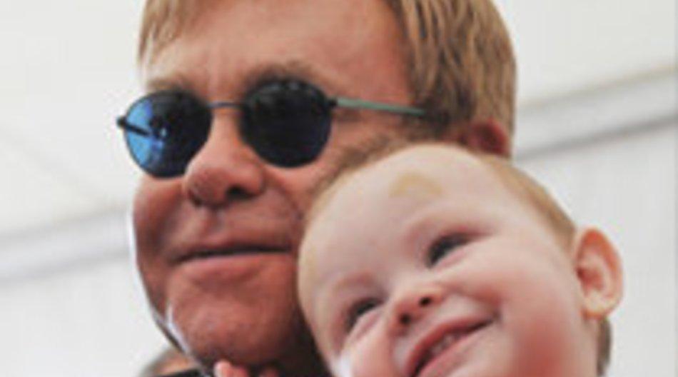 Elton John: Doch keine Adoption?