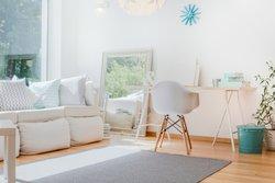 Spiegel für optische Vergrößerung bei kleiner Wohnung