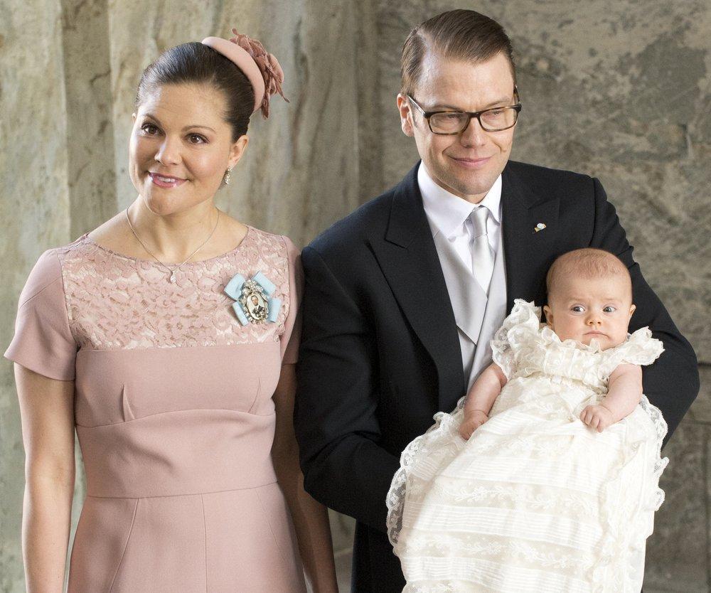 Victoria von Schweden lässt Estelle taufen