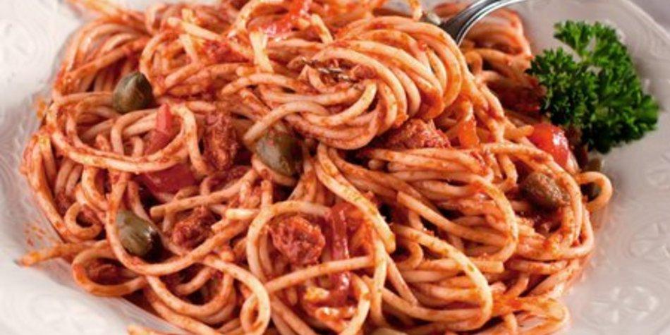 Spaghetti mit Thunfischsoße