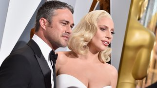 Lady-Gaga-and-Taylor-Kinney_GettyImages_Kevork-Djansezian-512941772