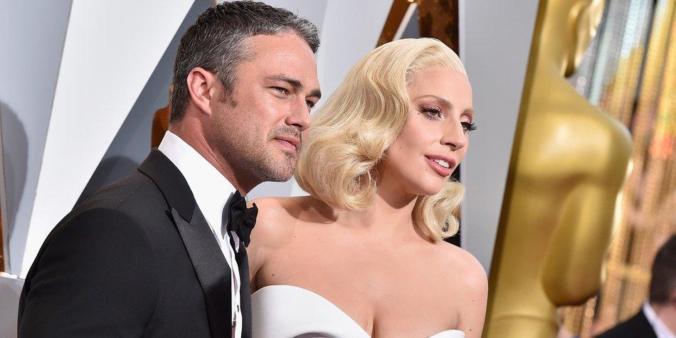 Lady-Gaga-and-Taylor-Kinney_GettyImages_Kevork-Djansezian-512941772