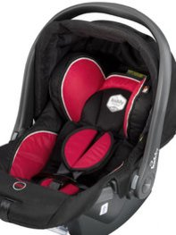 Reisen mit einer Babyschale