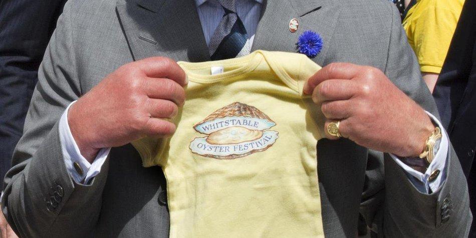 Prinz Charles: Stolzer Großvater!