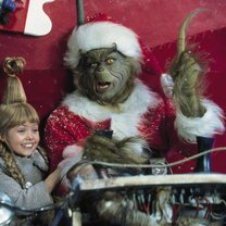 grinch-der-jim-carrey-taylor-momsen-10-rcm0x1920u