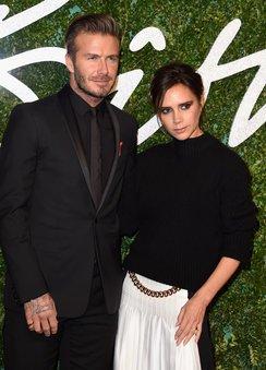 Victoria und David Beckham freuen sich mit den Cambridges