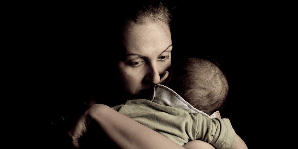 Mutter erlebt Totgeburt