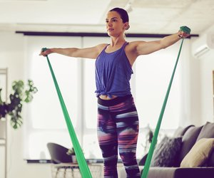 Theraband Workout: So funktioniert Krafttraining auch zuhause