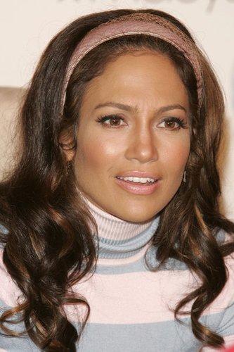 Jennifer Lopez mit Sixties Wellen