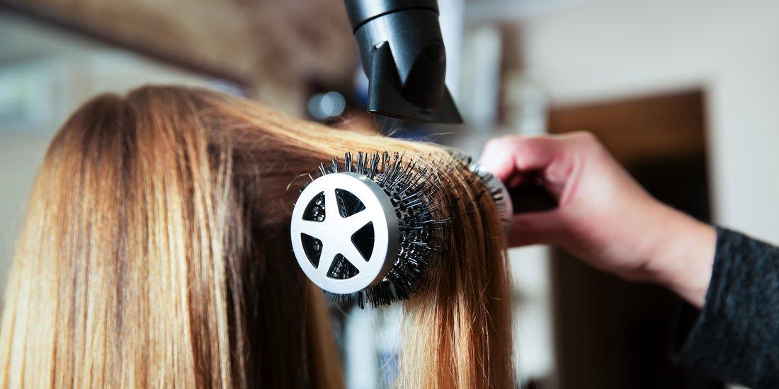 So Stylst Du Deine Haare Mit Duttkissen Desiredde