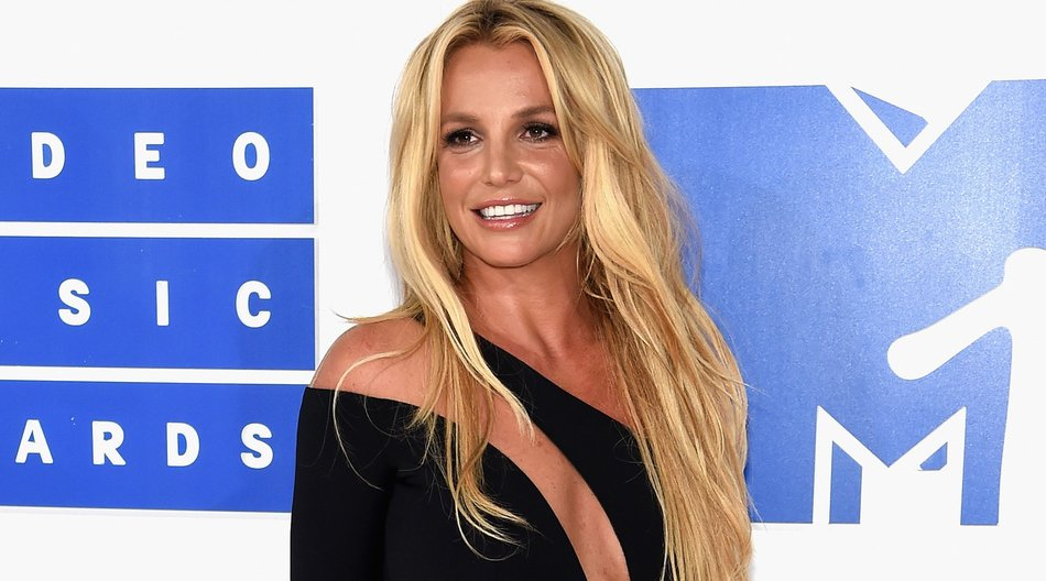 Britney-Spears_Jamie-McCarthy_GettyImages-597561960
