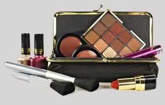 Beauty Case mit Schönheitshelferlein