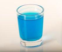 blaue flüssigkeit