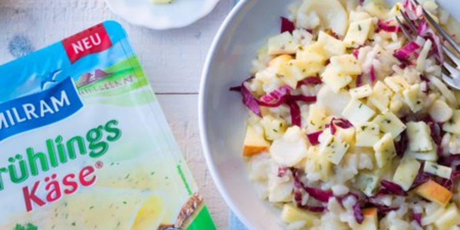 MILRAM FrühlingsKäse Risotto mit Petersilienwurzel, Apfel und Radicchiosalat