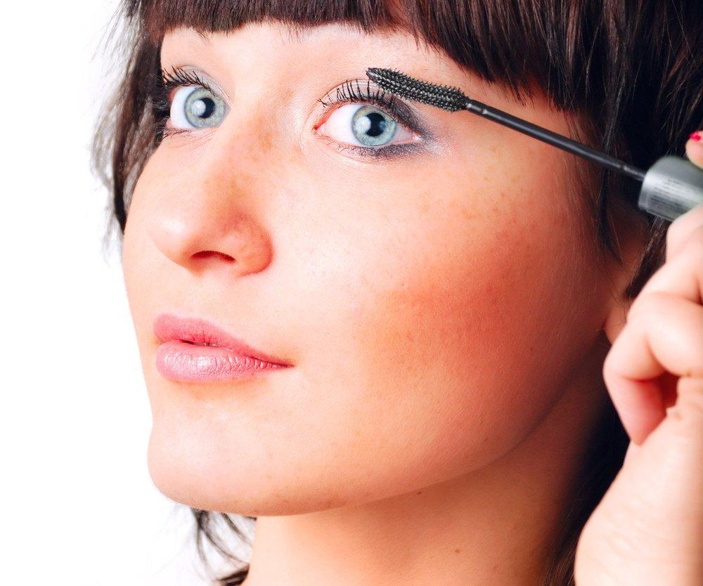Dip Dye Mascara: Von den Haaren auf die Augen!