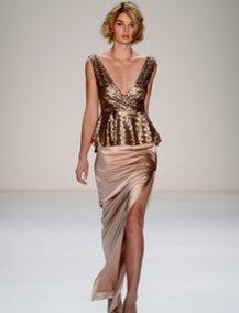 Luisa Hartema modelt für Minx