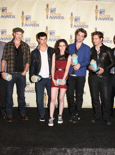 die Crew von Twilight bei den MTV Movie Awards