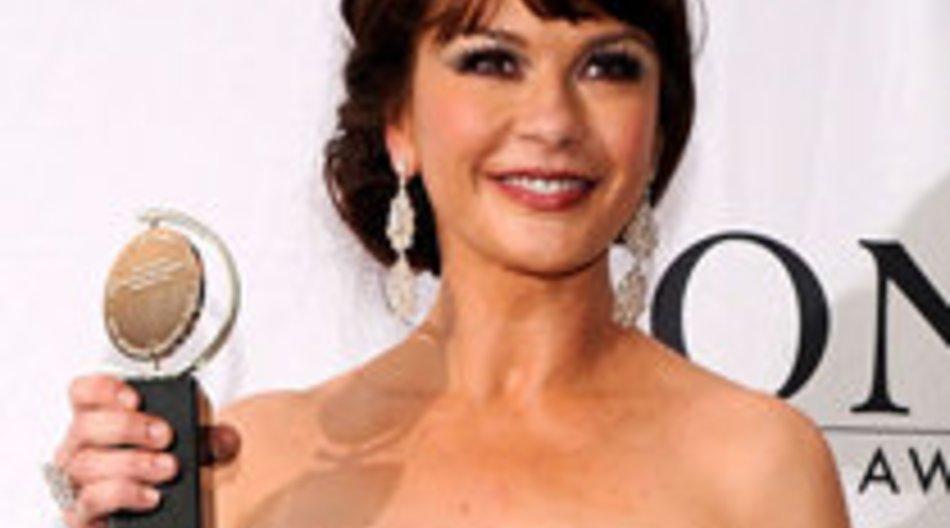 Catherine Zeta-Jones gewinnt einen Tony