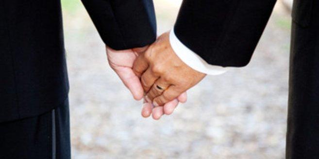 Die Justizministerin fordert die Gleichstellung von homosexuellen Paaren