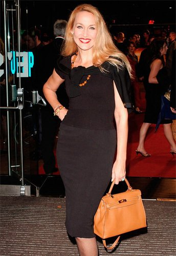 Jerry Hall mit Birkin Bag