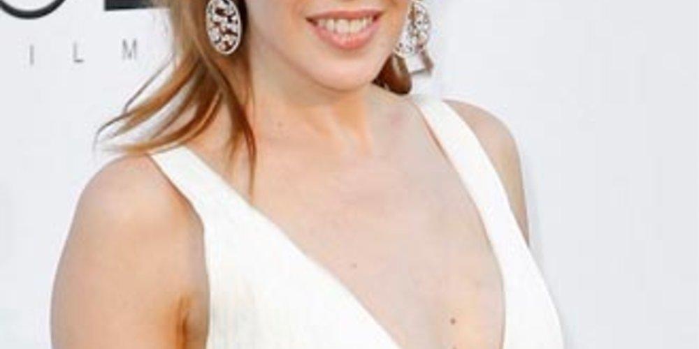 Beim Cinema Against AIDS Event in Cannes zeigte sich Kylie Minogue wunderbar offenherzig.