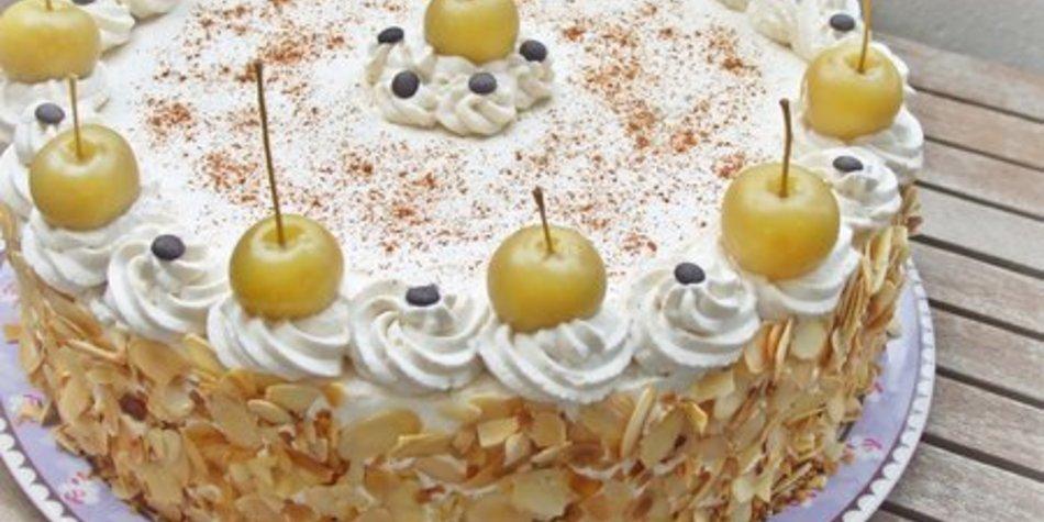 Beschwipste Apfel-Sahne-Torte