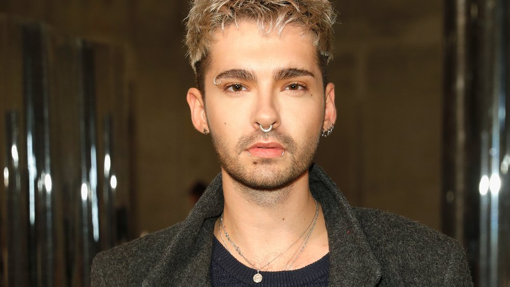 BERLIN, GERMANY - JANUARY 17: Bill Kaulitz attends the Malaikaraiss defile during the Der Berliner Mode Salon A/W 2017 at Kronprinzenpalais on January 17, 2017 in Berlin, Germany. (Photo by Andreas Rentz/Getty Images for DER BERLINER MODE SALON)