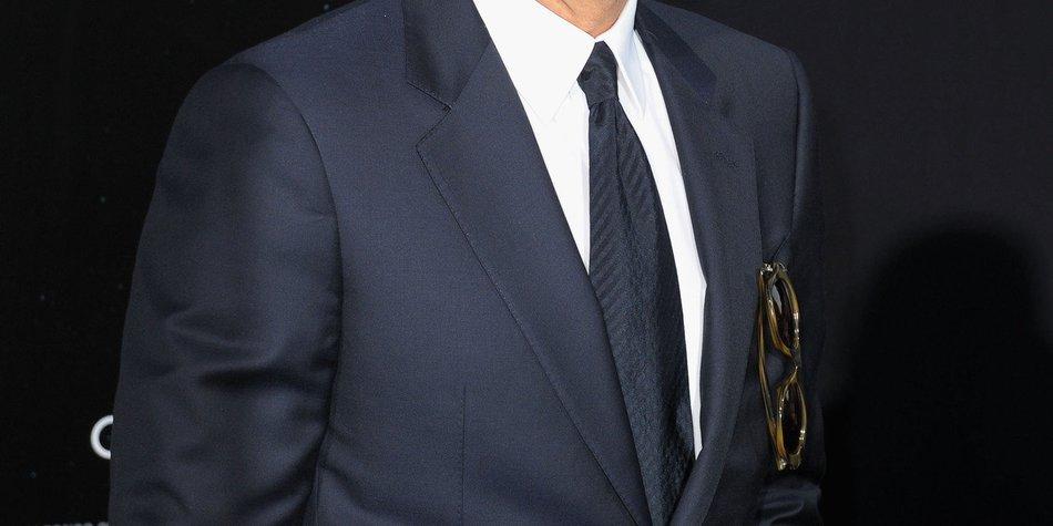 George Clooney: Ist er etwa in Eva Mendes verliebt?