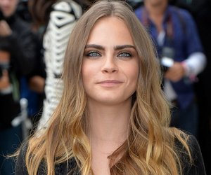 LONDON, ENGLAND - SEPTEMBER 21: Cara Delevingne attends the Burberry Prorsum show during London Fashion Week Spring/Summer 2016/17 on September 21, 2015 in London, England. (Photo by Anthony Harvey/Getty Images)