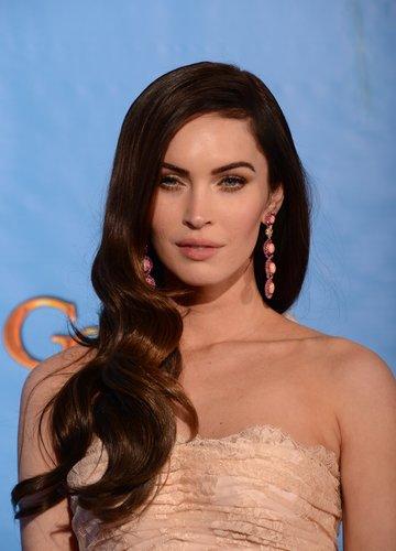 Megan Fox: Sanfte Wellen mit Seitenscheitel