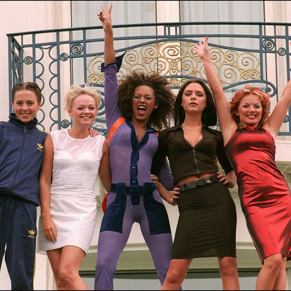 "Cannes, FRANCE: (FILES) The ""Spice girls"" pose for photographers in front of Cannes Martinez Hotel 11 May 1997 as the 50th International Film Festival in Cannes goes on. Pop group the Spice Girls announced 28 June 2007 they are to reform for a world tour, saying ""girl power is back and stronger than ever,"" in a statement posted on their website. AFP PHOTO BERTRAND GUAY (Photo credit should read BERTRAND GUAY/AFP/Getty Images)"