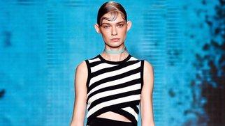 New York Fashion Week: DKNY setzt auf Streifen und Grafikprints