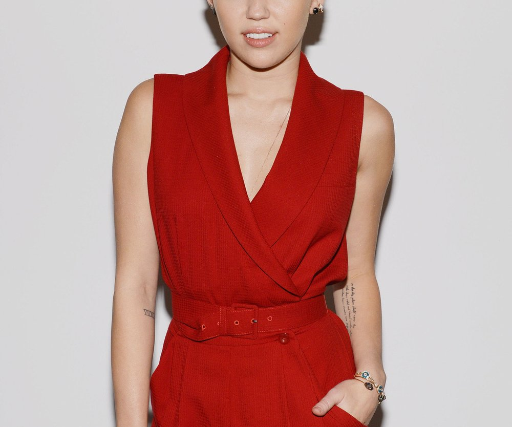 Miley Cyrus: Mit Brautkleid von Marchesa zum Traualtar?