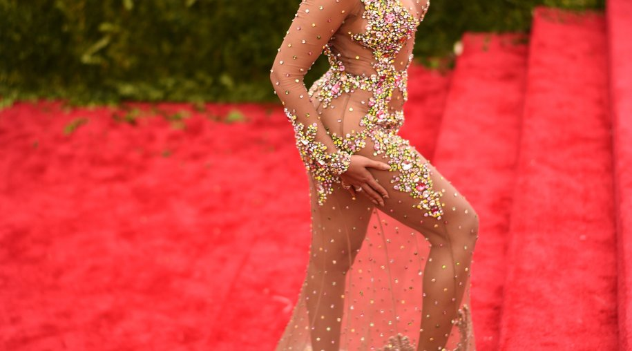 Beyoncé hat ihre eigene Flash-Tattoo-Kollektion entworfen