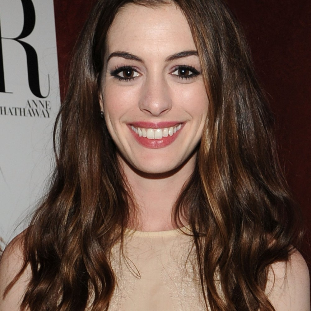 Anne Hathaway Double baut Unfall