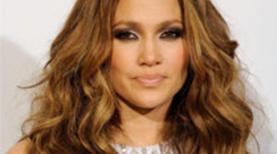 Jennifer Lopez spielt Football