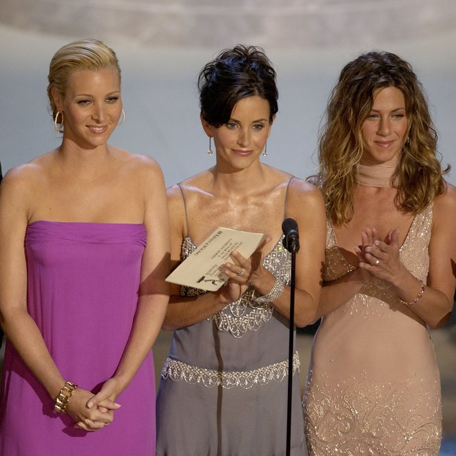 LOS ANGELES - SEPTEMBER 22: (L to R) Actors Matthew Perry, Lisa Kudrow, Courteney Cox Arquette and Jennifer Aniston present an award during the 54th Annual Primetime Emmy Awards at the Shrine Auditorium on September 22, 2002 in Los Angeles, California. (Photo by Vince Bucci/Getty Images)