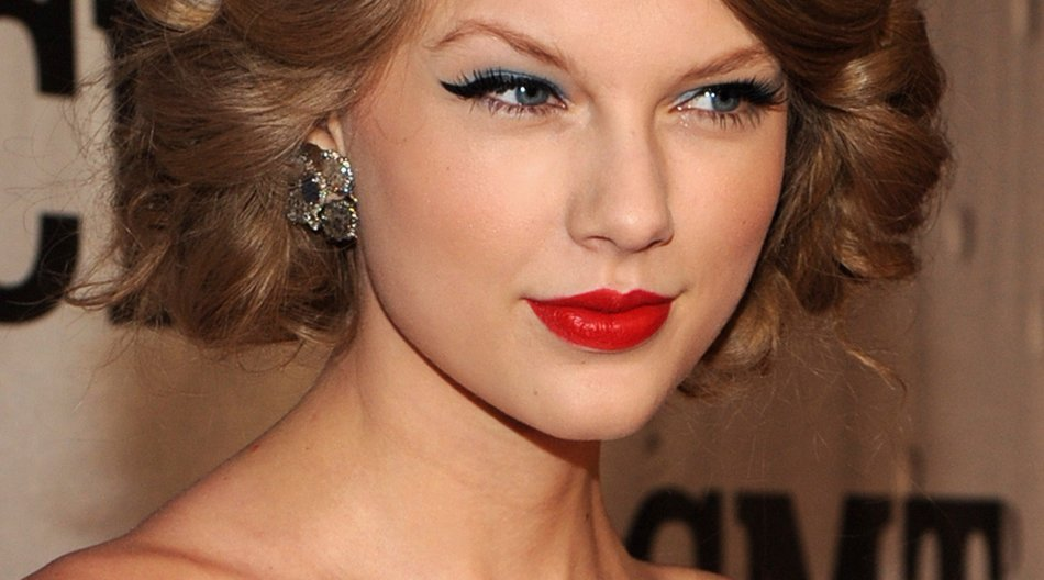 Taylor Swift in Les Miserables?