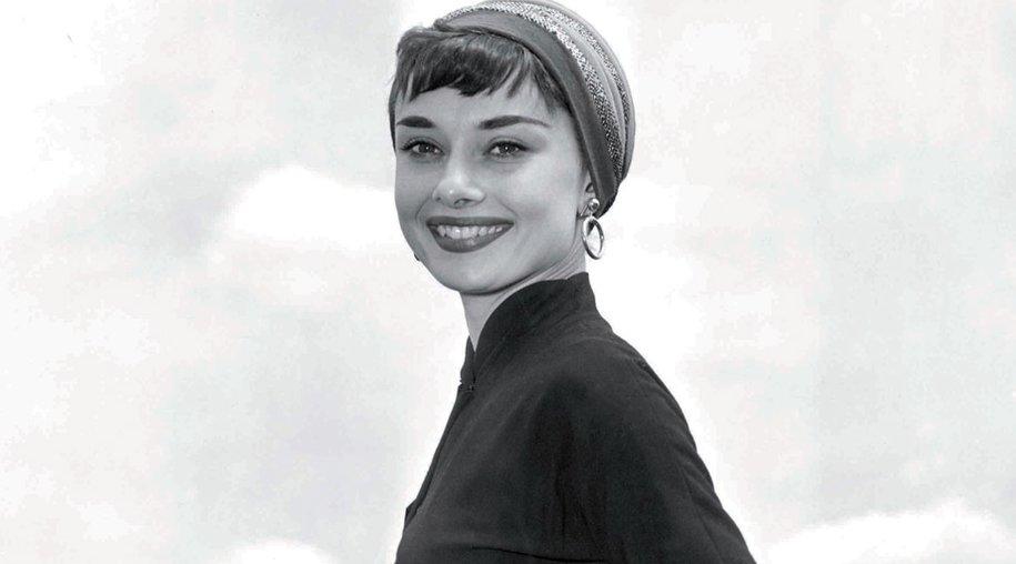 Audrey Hepburn mit der Riviera Bag von S.T.Dupont