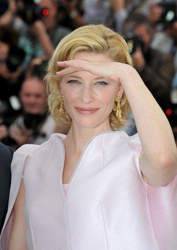 Cate Blanchett präsentiert Robin Hood auf dem Filmfestival in Cannes