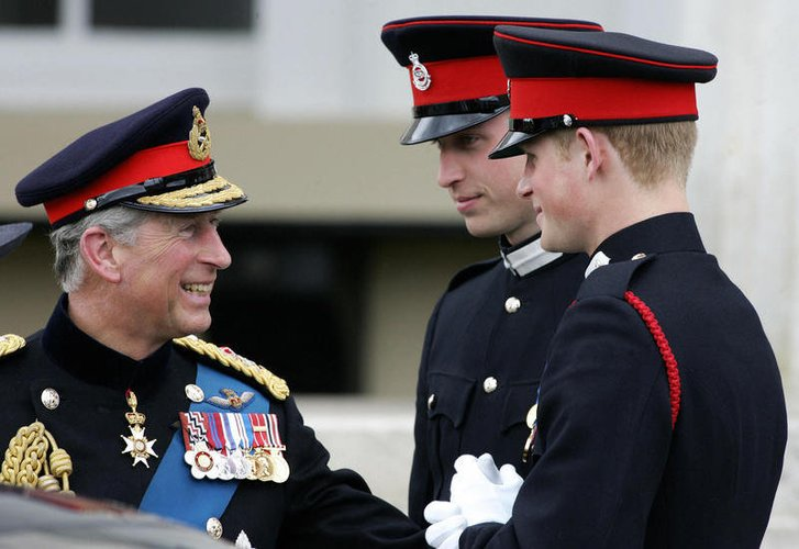 Prinz Charles mit Prinz William und Prinz Harry