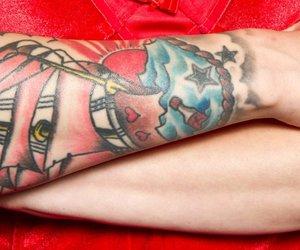 Wellen-Tattoo