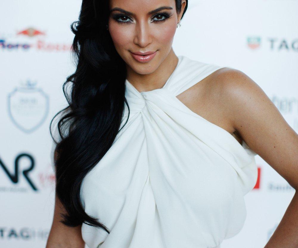 Kim Kardashian möchte eine royale Hochzeit