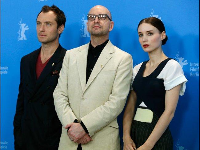 Steven Soderbergh, Jude Law und Rooney Mara auf der Berlinale