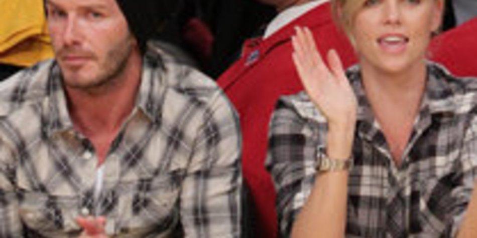 David Beckham und Charlize Theron: Im Partnerlook beim Lakers Spiel