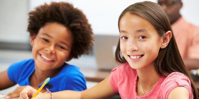 Internationale Schule: Kinder beim Lernen