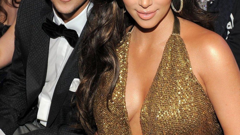 Kim Kardashian unterstützt ihren Bruder