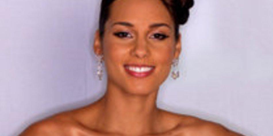 Alicia Keys: Baby bekommt Zulu-Segnung