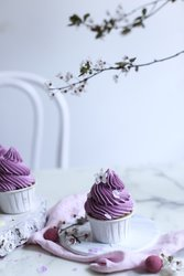 Veilchenhochzeit Geschenke Cupcakeas